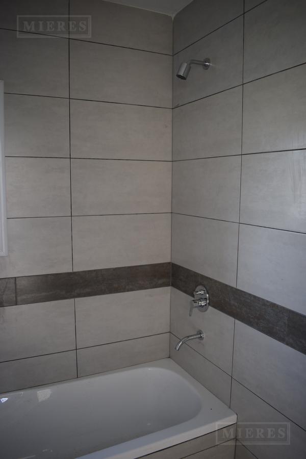 Casa en venta con renta  San Matias  Area 2
