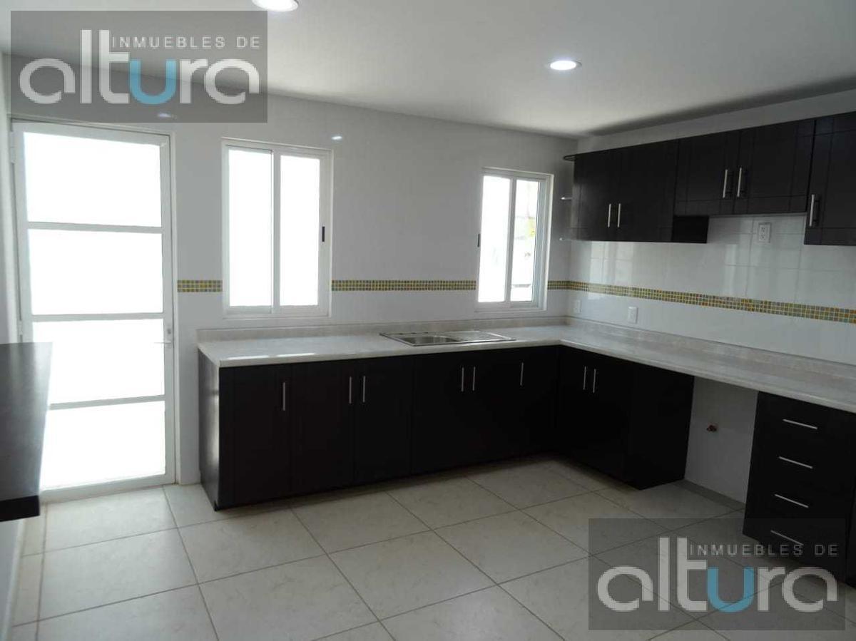 Foto Casa en Venta en  Capultitlan,  Toluca  CALLE INSURGENTES, COLONIA CAPULTITLAN , TOLUCA MEXICO, C.P. al 50260