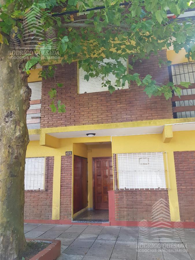 Foto Departamento en Venta en  San Bernardo Del Tuyu ,  Costa Atlantica  Depto 2 amb al frente con Balcon