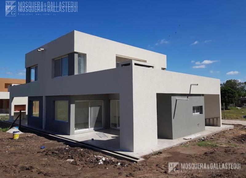 Foto Casa en Venta en  Casas del Este,  Pilar Del Este  Casas del Este