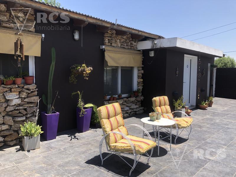 Foto Casa en Venta en  Coronel Dominguez,  Rosario  CORONEL DOMINGUEZ - Pte. Roca al 200
