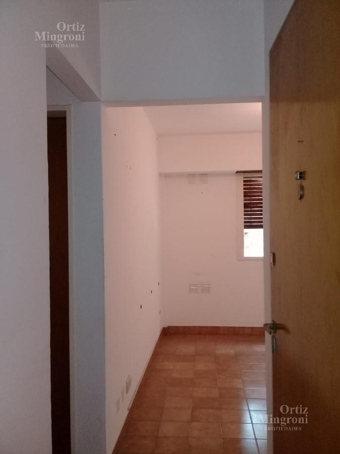 Foto Departamento en Venta en  Banfield,  Lomas De Zamora  Vergara 1629