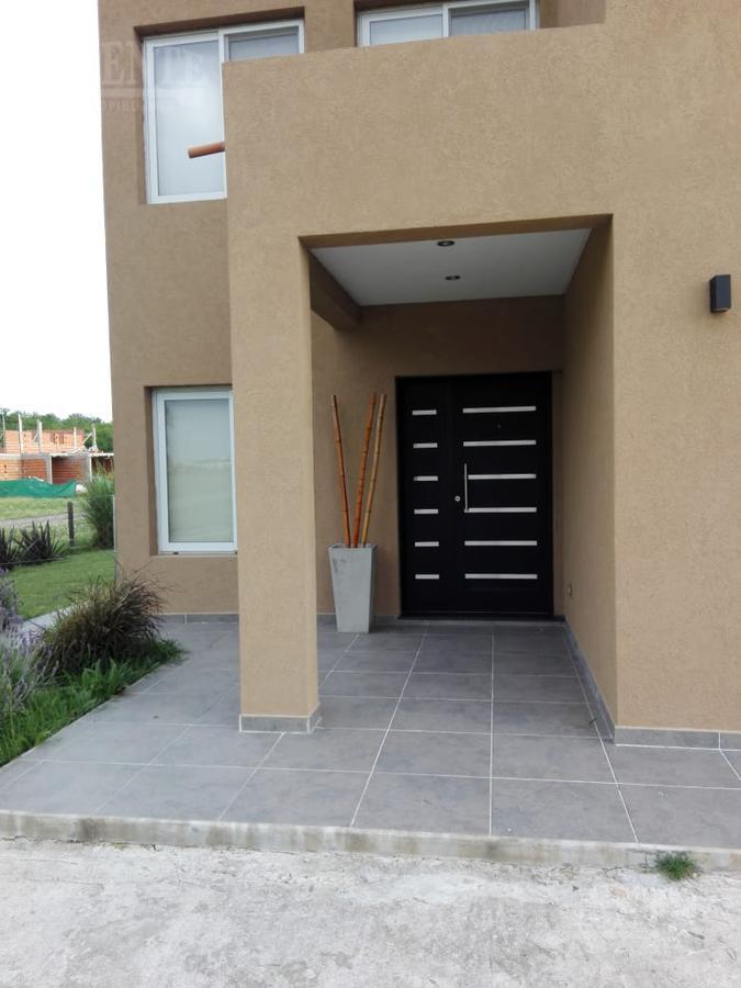 Foto Casa en Venta en  La Magdalena,  Esteban Echeverria  La Magdalena lote al 300
