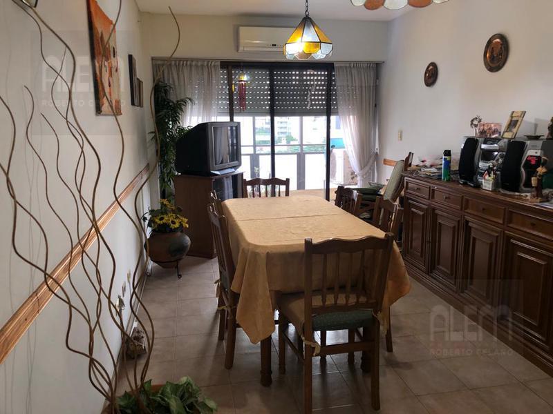 Foto Departamento en Alquiler en  Lomas de Zamora Oeste,  Lomas De Zamora  Italia al 100