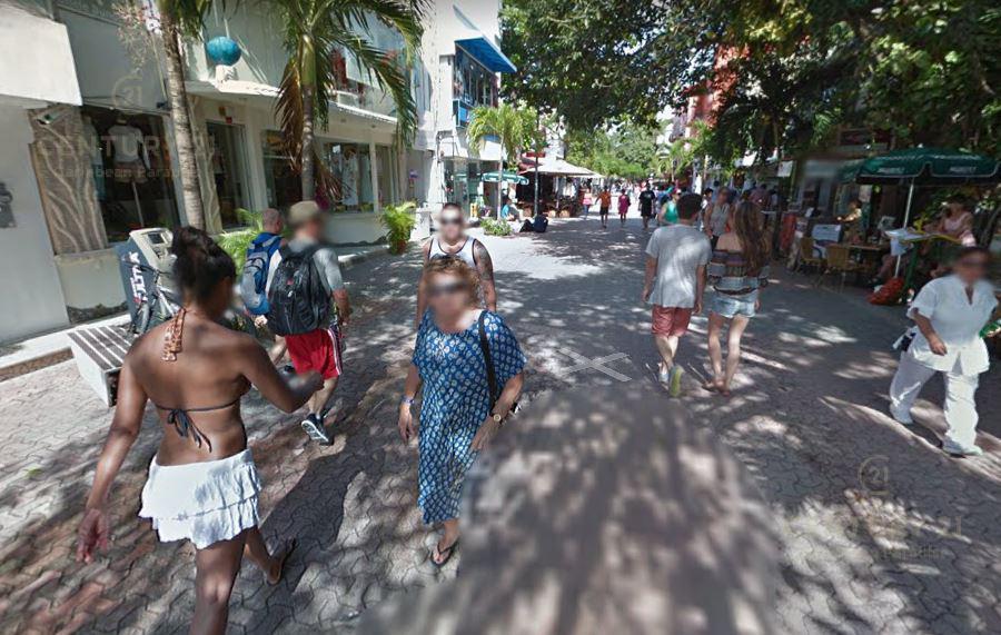 Foto Local en Renta en  Playa del Carmen ,  Quintana Roo  Se renta local comercal sobre 5ta Avenida 30 m2 Playa Del Carmen P3086