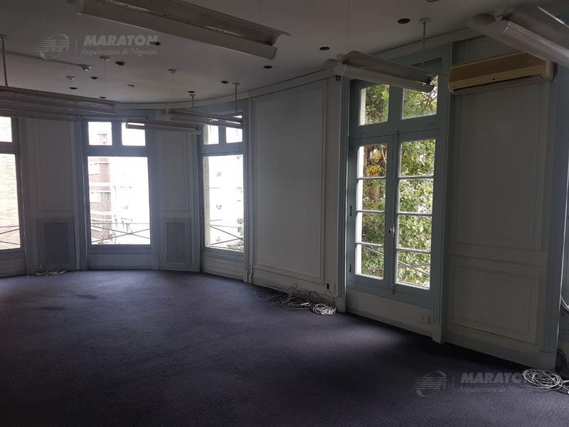 Foto Edificio Comercial en Alquiler en  Recoleta ,  Capital Federal  Arenales al 2100