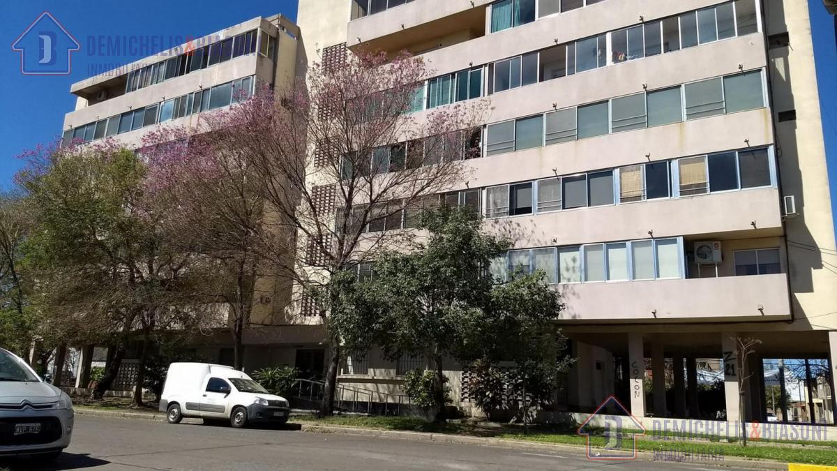 Foto Departamento en Venta en  Candioti Norte,  Santa Fe  Marcial Candioti 4350