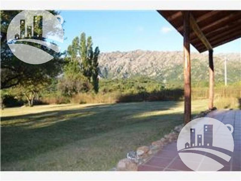 Foto Casa en Venta en  Merlo,  Junin  Casa 210 mts²