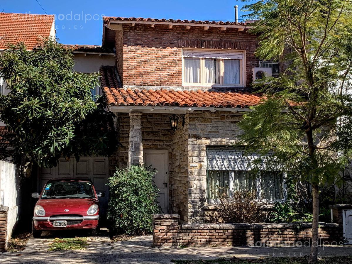 Foto Casa en Venta en  La Lucila-Vias/Maipu,  La Lucila  Rioja al 3400