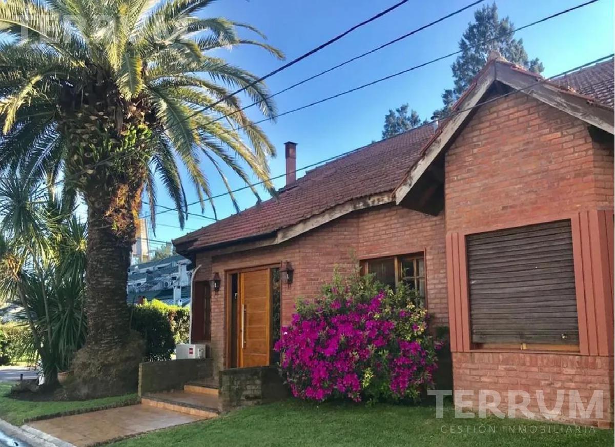 Foto Casa en Venta en  Venado,  Countries/B.Cerrado (E. Echeverría)  CASA EN VENTA : CANNING : VENADO I