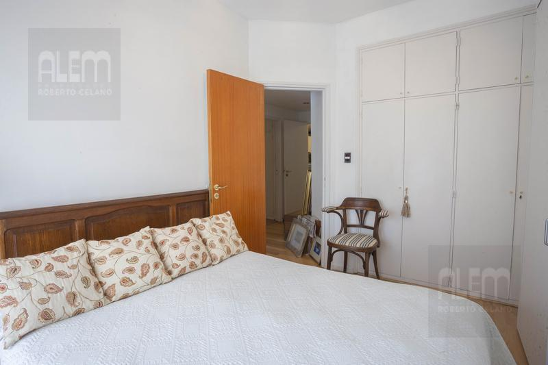 Foto Departamento en Venta en  Lomas de Zamora Oeste,  Lomas De Zamora  Italia 365