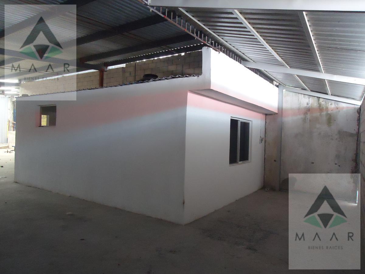 Foto Bodega Industrial en Renta en  Supermanzana 64,  Cancún  Se Renta Bodega en Cancún de 466m2 en la SM 64
