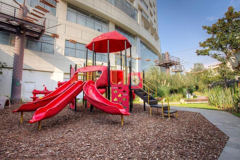 Foto Local en Renta en  Jesús del Monte,  Huixquilucan          SKG Asesores Inmobiliarios renta  locale de 595.85 m2 en  Parque interlomas, Jesús del Monte