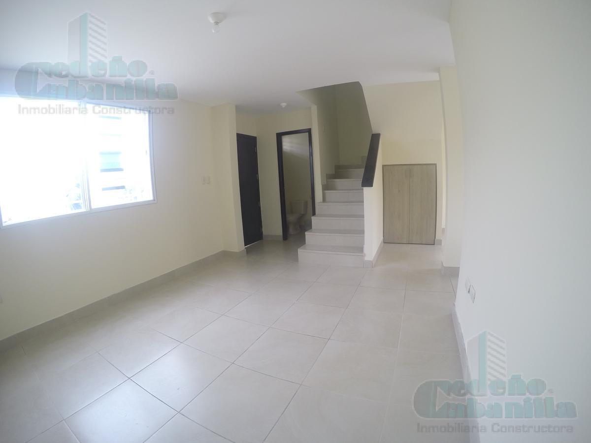 Foto Casa en Alquiler en  Norte de Guayaquil,  Guayaquil  ALQUILER DE VILLA  EN URBANIZACION LA PERLA