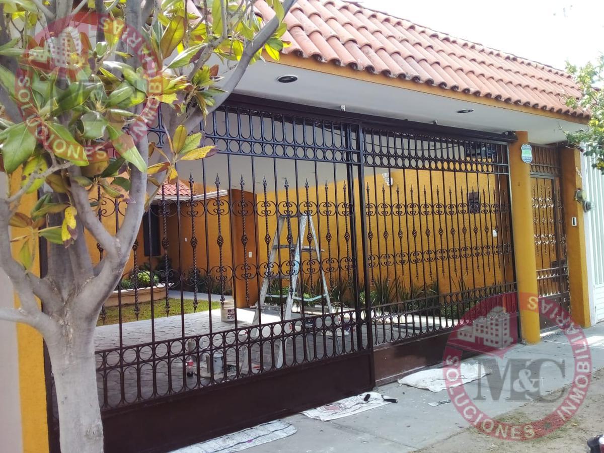 Foto Casa en Renta en  Fraccionamiento Villa Jardín,  Aguascalientes  Casa amueblada en Renta Villa Jardín 2a Sección