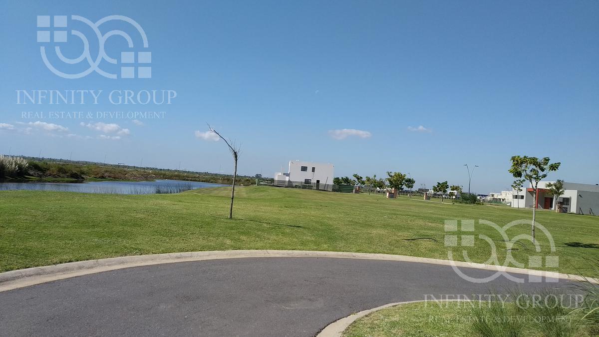 Foto Terreno en Venta en  Puertos del Lago,  Countries/B.Cerrado (Escobar)  Puertos, Ceibos lote al 100