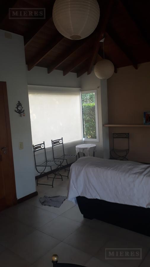 Casa en venta Barrio Haras Santa Maria