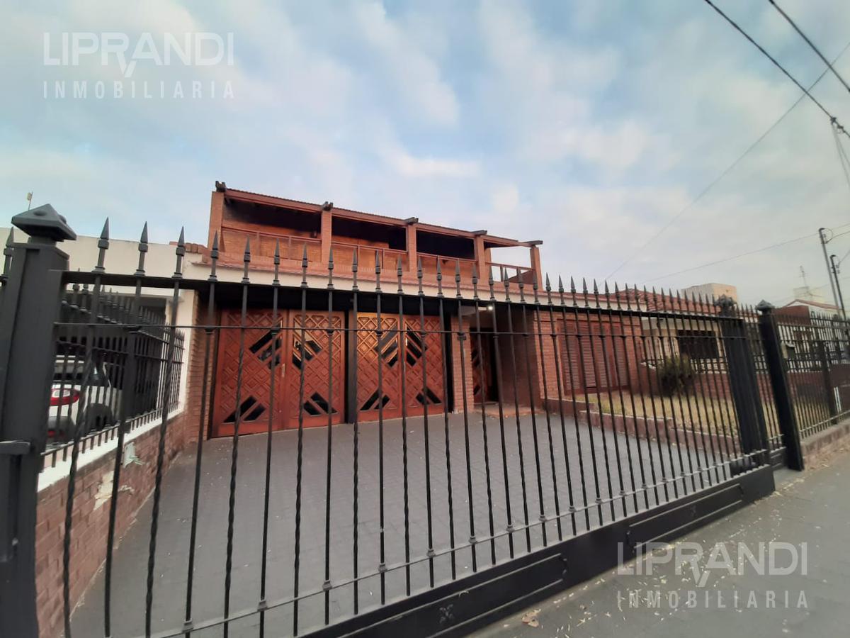 Foto Casa en Venta en  Alejandro Centeno,  Cordoba  LUIS RUEDA al 2500