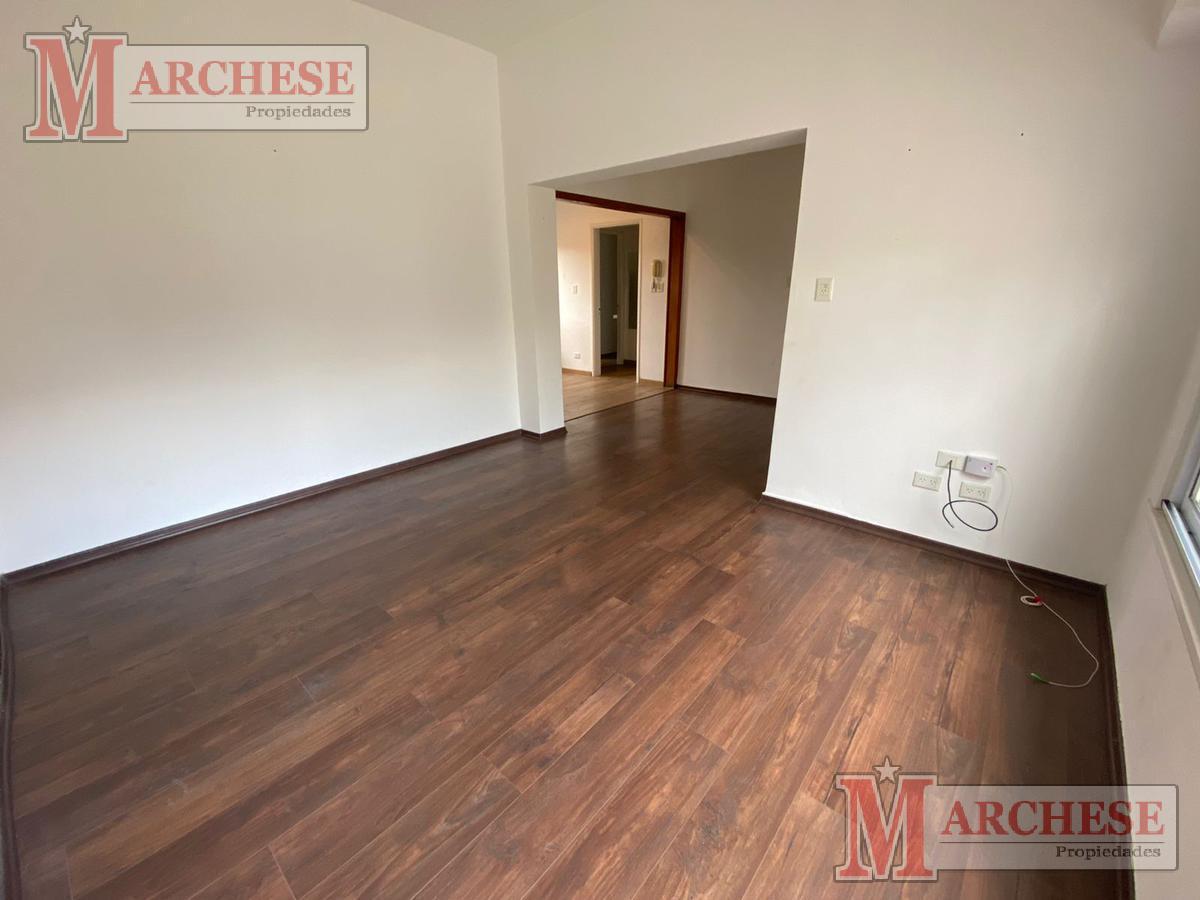 Foto Casa en Venta en  Haedo,  Moron  Alcorta al 600