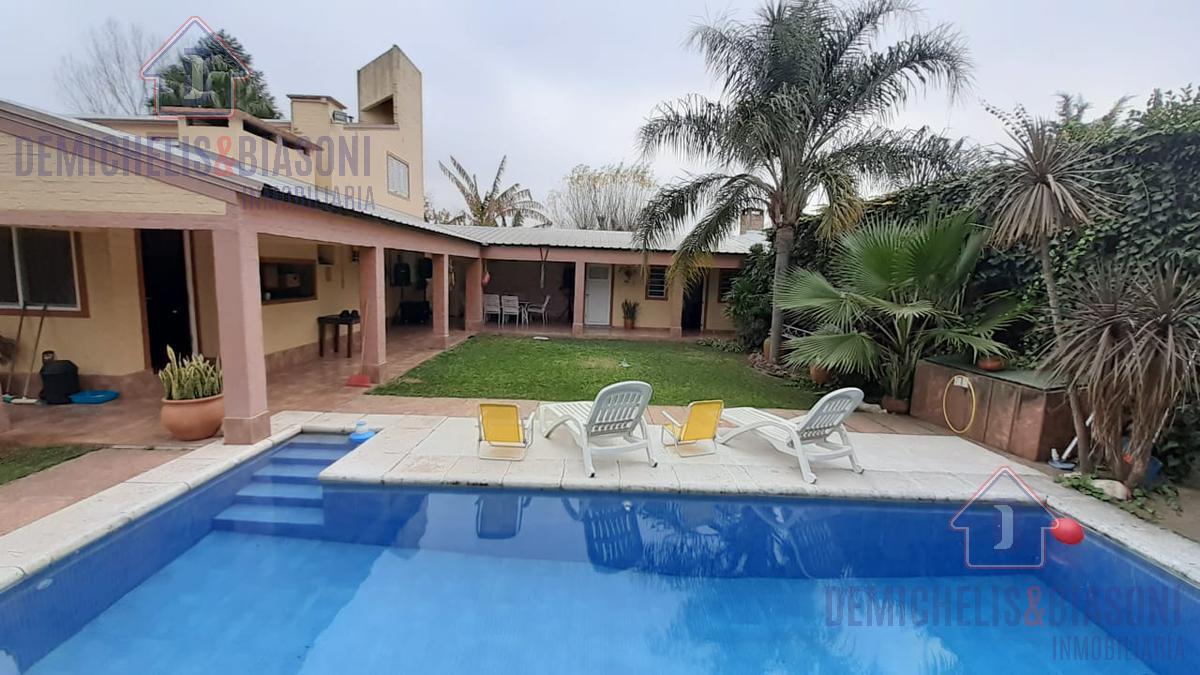 Foto Casa en Venta en  Colastine,  La Capital  B° Las Paltas - Calle Las Fresias al 5700 -  Colastine Norte