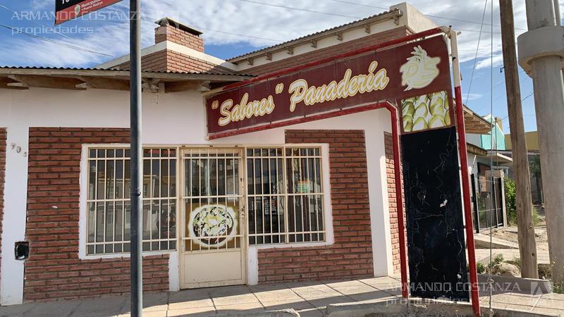 Foto Local en Alquiler en  Puerto Madryn,  Biedma  TIERRA DEL FUEGO 903