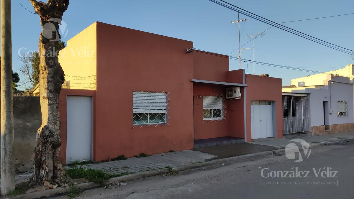 Foto Casa en Venta en  Carmelo ,  Colonia  25 de mayo entre Sarandí y Mortalena