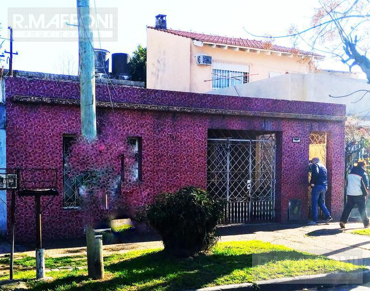 Foto Terreno en Venta en  Lomas De Zamora ,  G.B.A. Zona Sur  Famatina529