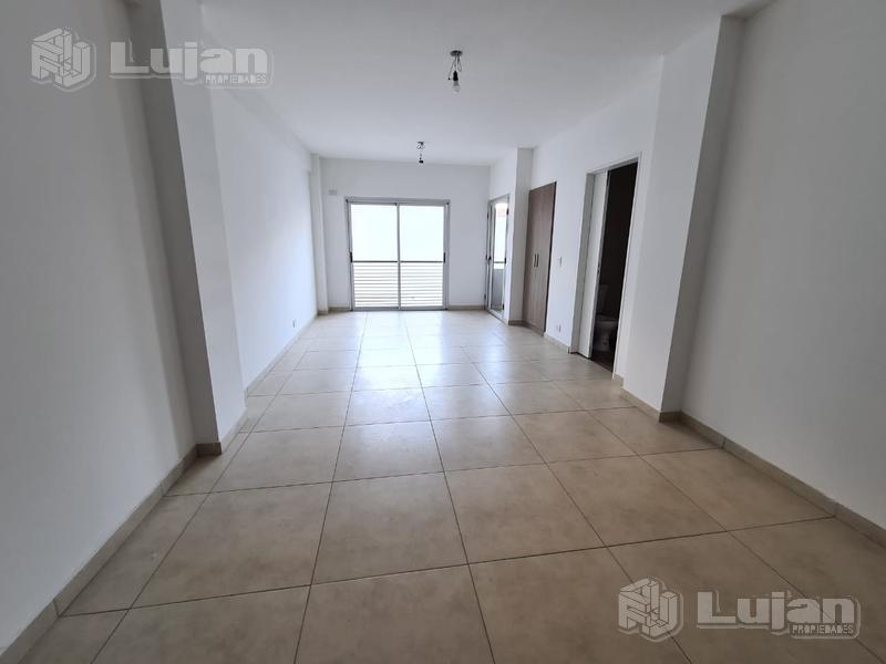 Foto Departamento en Venta en  Mataderos ,  Capital Federal  Araujo 900