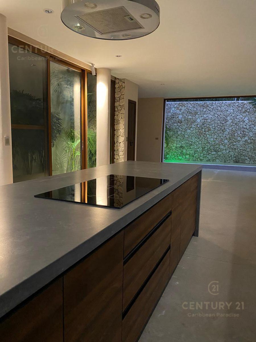 La Veleta House for Sale scene image 32