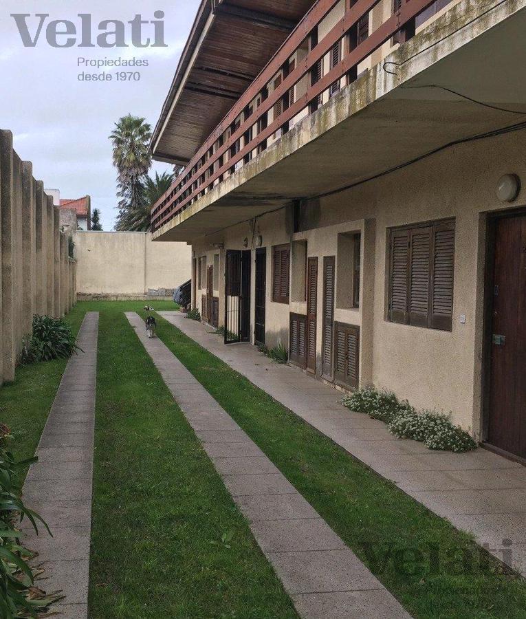 Foto Departamento en Venta en  P.Mogotes,  Mar Del Plata  Castro Barros 2868