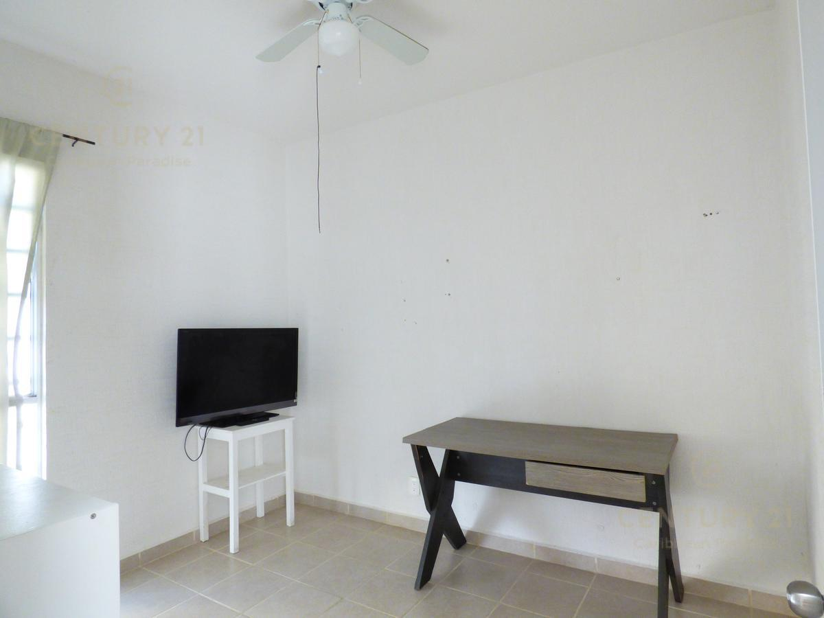 Las Palmas House for Rent scene image 13