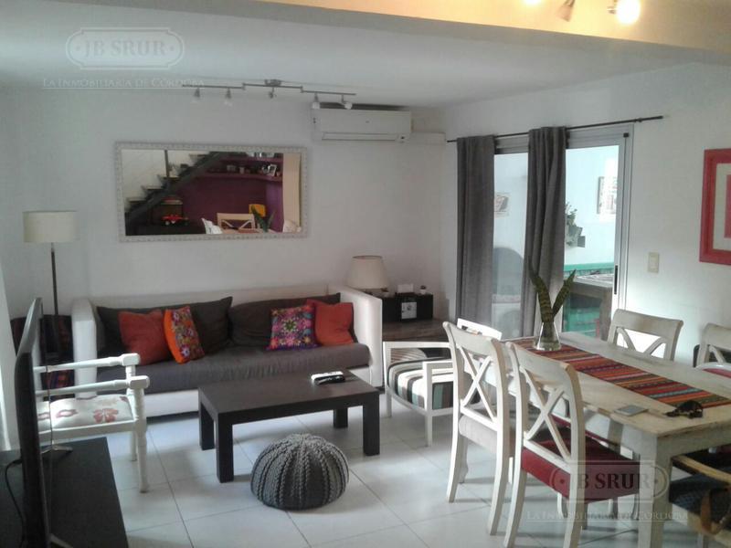 Foto Casa en Alquiler en  Villa Rivera Indarte,  Cordoba  La Catalina.Av Bodereau 8.500