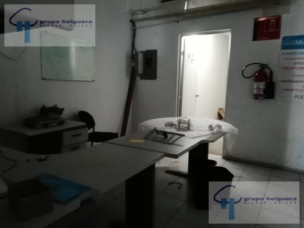 Foto Bodega Industrial en Renta en  Lázaro Cárdenas,  Ciudad Madero  BODEGA EN CD. MADERO, TAMAULIPAS, CALLE SALTILLO COL. LAZARO CARDENAS