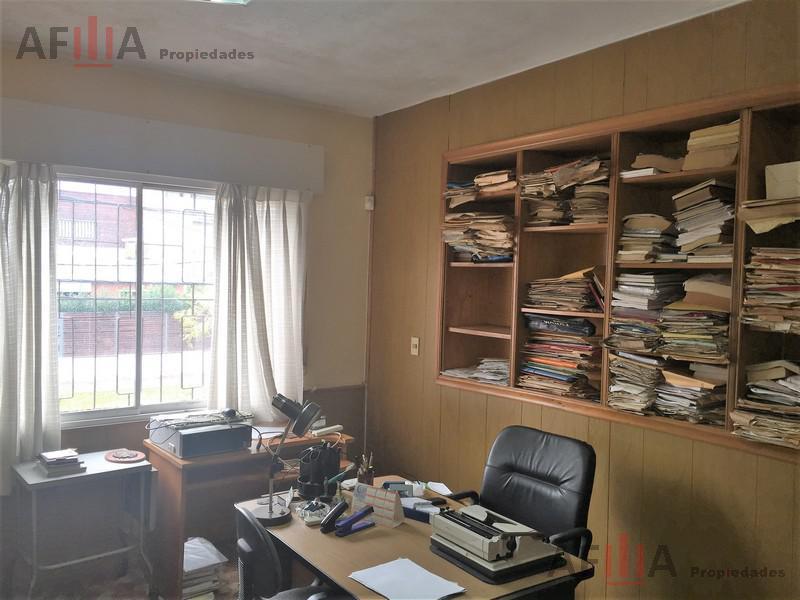 Foto Casa en Venta en  Puerto Buceo ,  Montevideo  Meliton Gonzalez al 1200