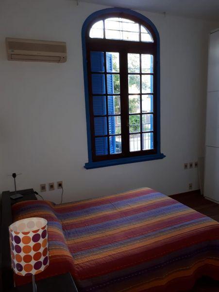 Foto Apartamento en Alquiler en  Parque Rodó ,  Montevideo  Itapua 2200