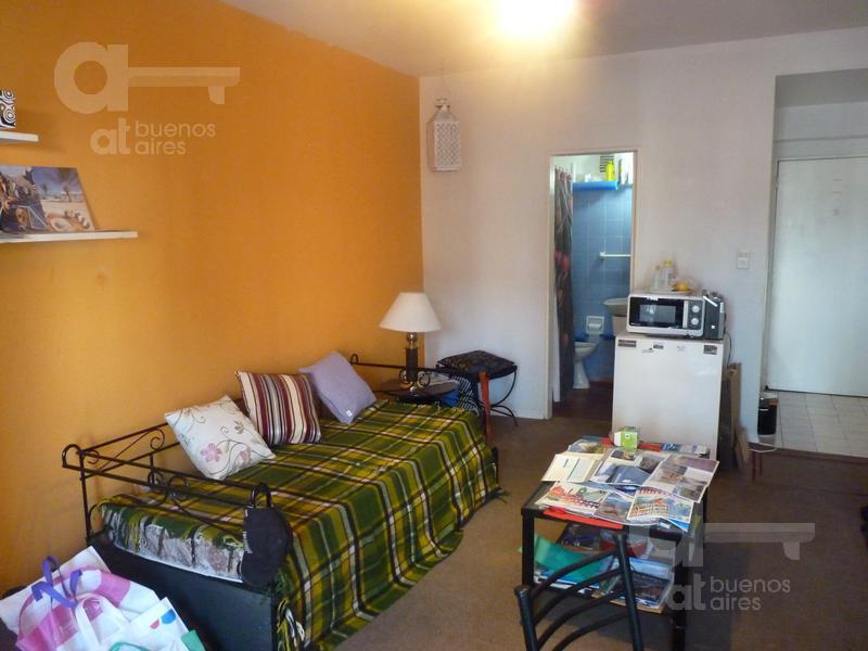 Foto Departamento en Alquiler temporario en  Recoleta ,  Capital Federal  Av. Santa Fe y Talcahuano