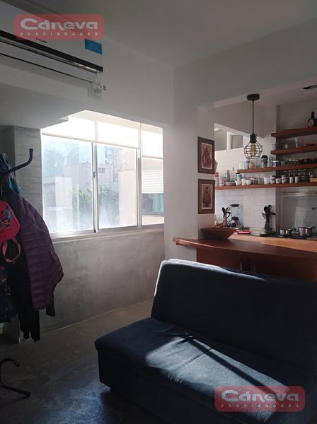 Foto Departamento en Venta en  Olivos,  Vicente Lopez  R. Gutierrez al 1400