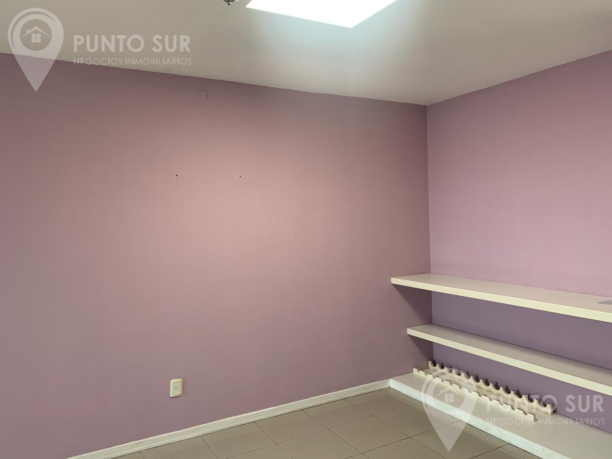 Foto Apartamento en Venta en  Colonia del Sacramento ,  Colonia  Av. General Flores