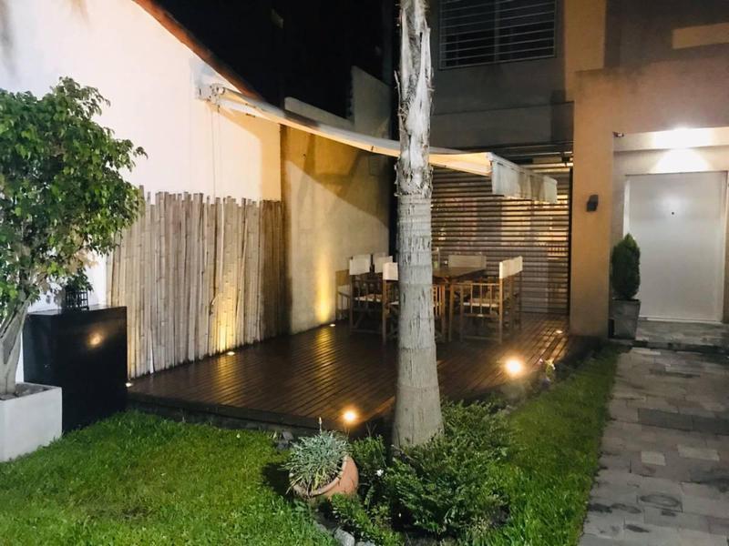 Foto Casa en Venta en  Quilmes,  Quilmes  Jose Blanco 1178