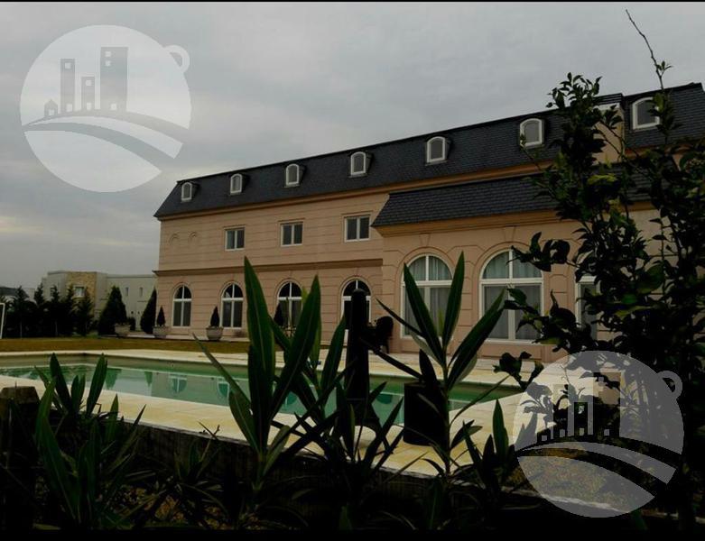 Foto Casa en Venta en  Countries/B.Cerrado (Pilar),  Pilar  Excelente casa 4 hab. / 7 baños / Barrio La Lomada