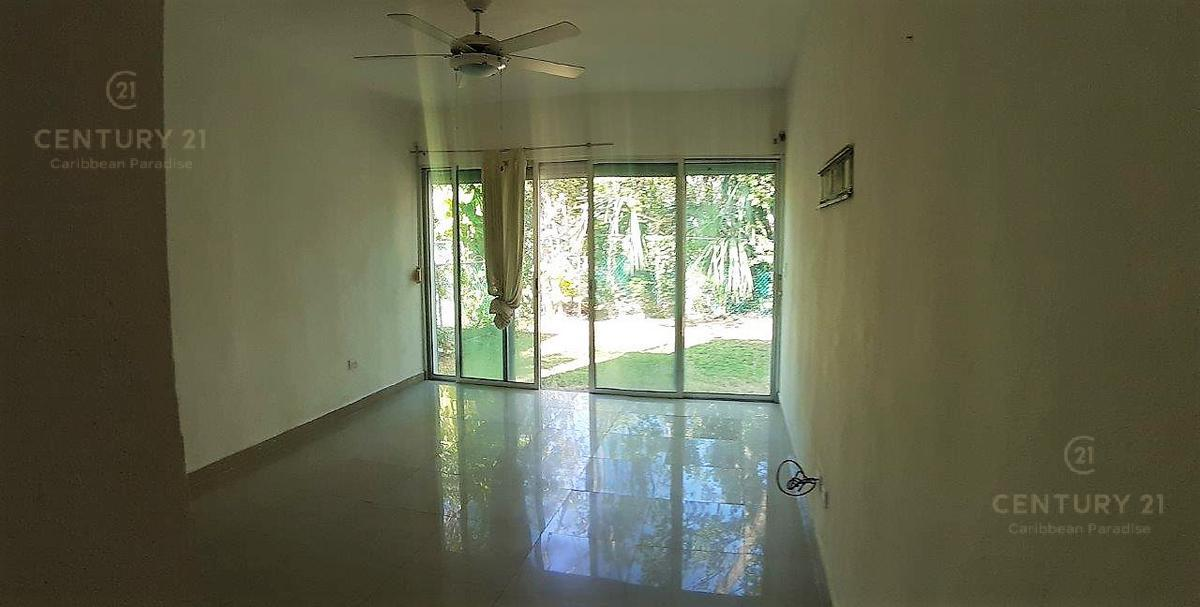 Fraccionamiento Playacar Fase II House for Sale scene image 7