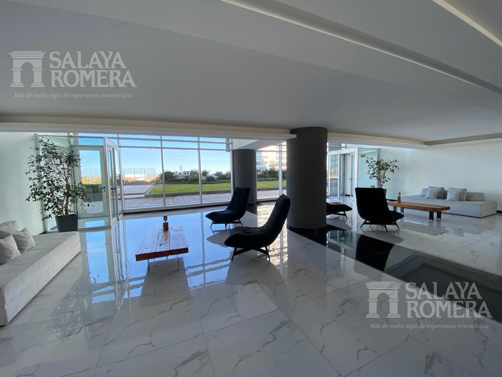 Foto Departamento en Venta | Alquiler en  Playa Brava,  Punta del Este  PLAYA BRAVA, a metros Del Mar. IDEAL PARA VIVIR TODO EL AÑO. 3 dormitorios + dependencia  de servicio