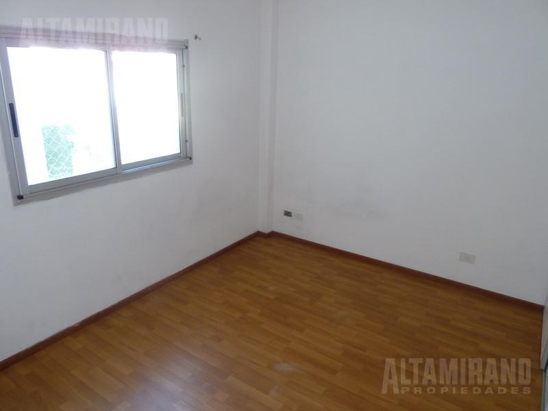 Foto Departamento en Alquiler en  Villa Ballester,  General San Martin  Boulevard Ballester al 4900