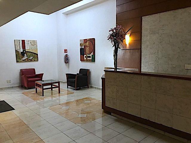 Foto Departamento en Venta    en  Jesús del Monte,  Huixquilucan  En venta departamento de 178 m2 en Residencial Sauces, Interlomas