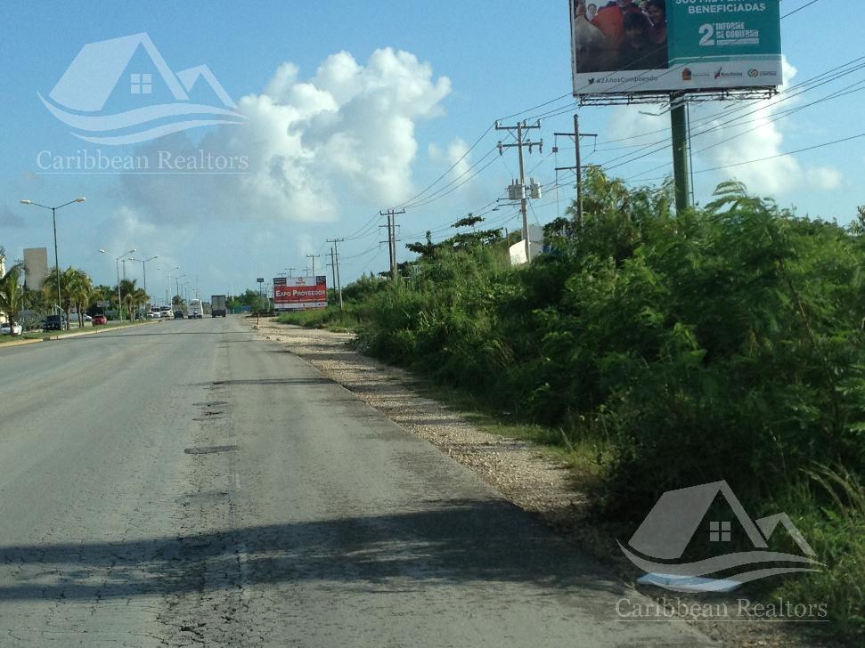 Foto Terreno en Venta en  Cancún ,  Quintana Roo  TERRENO EN VENTA EN CANCUN/AV. HUAYACAN