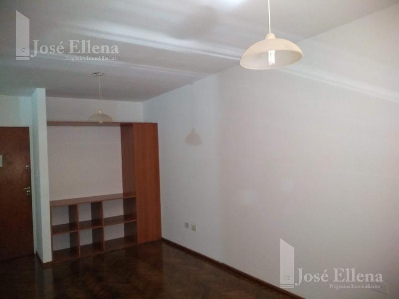 Foto Departamento en Alquiler en  Rosario ,  Santa Fe  SALTA 1735