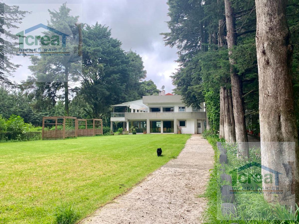 Foto Casa en Venta en  Ex-hacienda Jajalpa,  Ocoyoacac  Casa en venta Hacienda Jalapa, Ocoyoacac, Zona Club de Golf los Encinos, con alberca