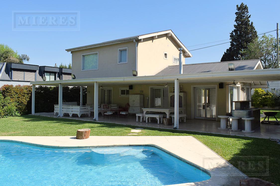 Mieres Propieades - Casa de 320 mts en Olivos Golf Club