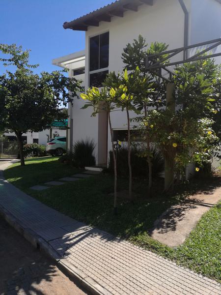 Foto Casa en Alquiler en  Luque ,  Central  Condominio Alterra Zona Aeropuerto Luque