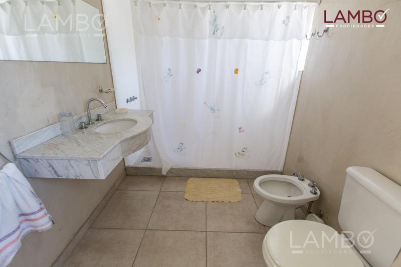 Foto Chacra en Venta | Alquiler temporario en  Carmen De Areco ,  Interior Buenos Aires  Chacras de la Alameda.CARMEN DE ARECO